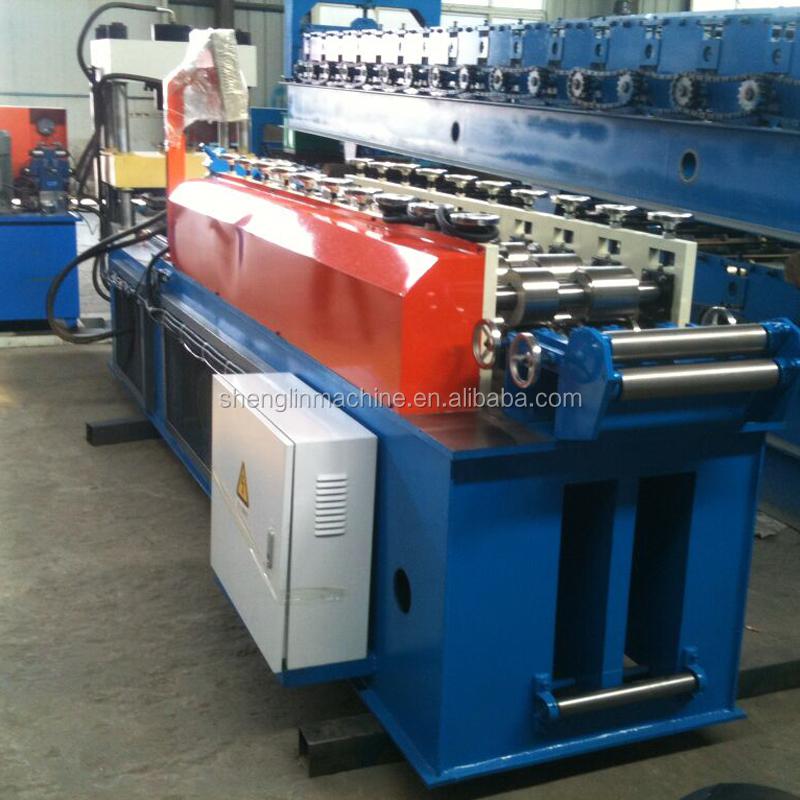 Pneumatic light steel keeling roll forming machine