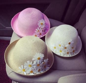 Baru Wanita Topi Pantai Wanita Topi Musim Panas Matahari Jerami Topi Lebar  Brim Floppy Lipat 6cf94bc952