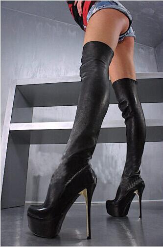 Super sexy boots