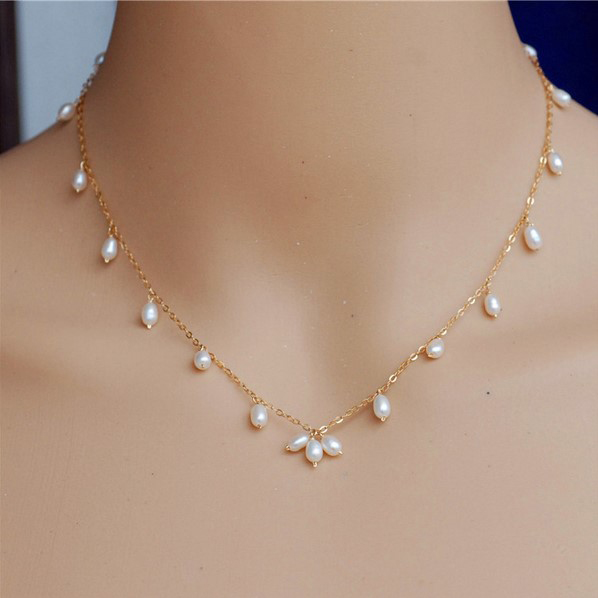 Pearl Necklace Styles: 9 Latest & Simple Gold Chains With New Styles