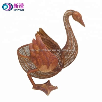 Garden Animal Decoration Swan Shape Metal Crafts Animal Garden