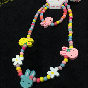 2017 YIWU Children Wooden Beaded Necklace Bracelet Set Cute Wooden Flower Rabbit Charm Jewelry Set Wooden Bracelet Necklace