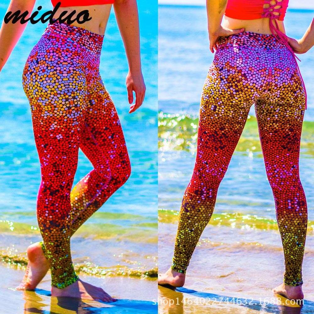 trade <strong>source</strong> of hot money in Europe and America high-end color fish scale printing fitness yoga pants