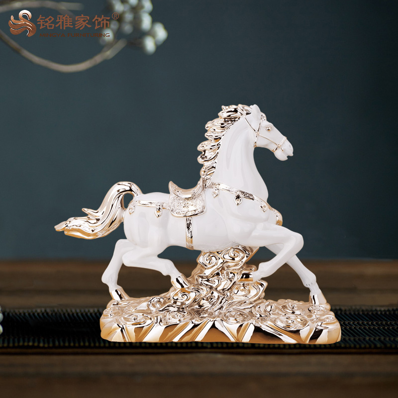 Guangzhou art and craft resin animal horse figurine for home decor