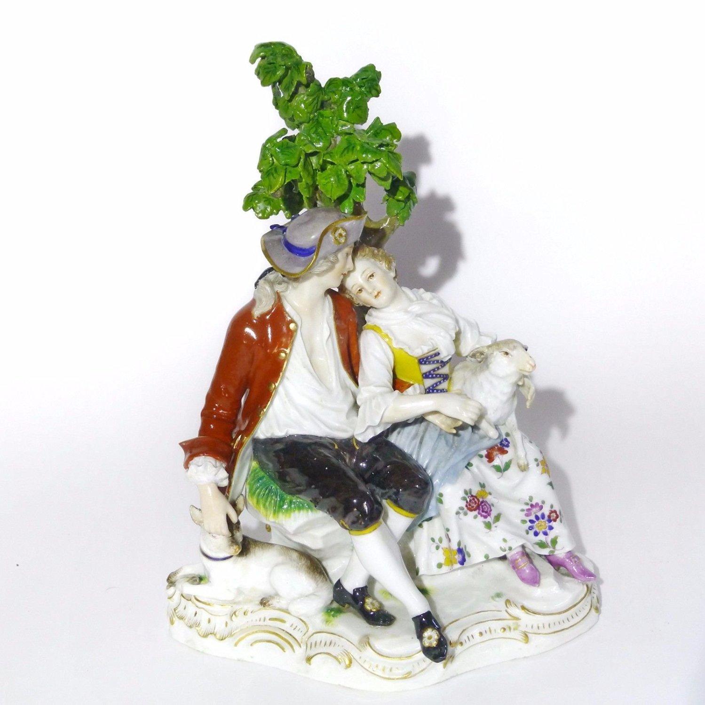 19th Ce. Meissen Porcelain Group Figurine The romantic shepherd's couple -D19
