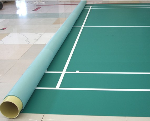 Mobile badminton court