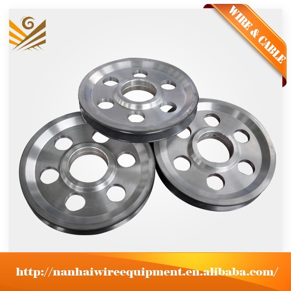 Outstanding hardness/strength aluminium pulley