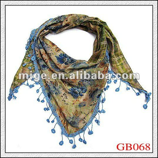 2012 Lady Triangle Scarf With Fringe (GB068)