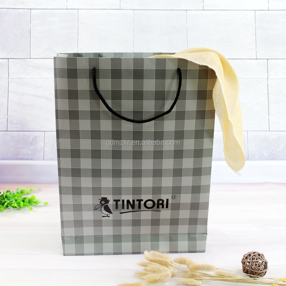 Wholesale quality Paper Bag for gift packing from direct manufacturer