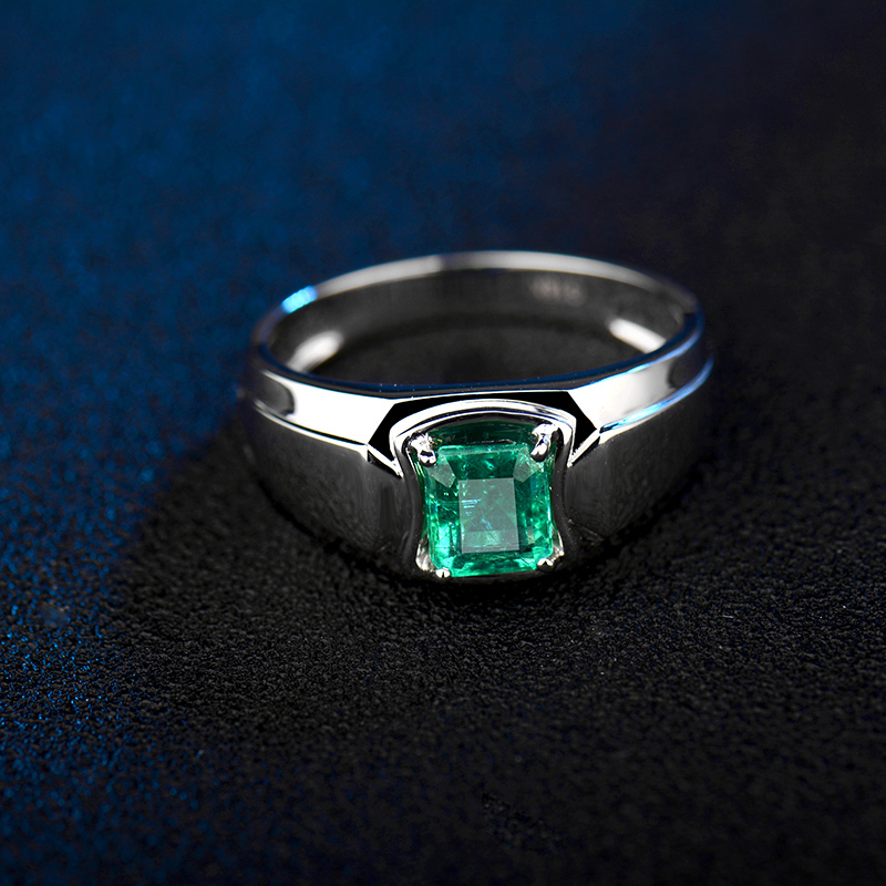 100% Natural Emerald Men s Ring In 18kt White Gold Emerald Cut 5x7mm Genu