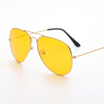 b044a9cffb0 2017 Night Vision Driving Glasses Polarized Yellow driver Polarized  Sunglasses Lens Alloy Frame Goggles for Men