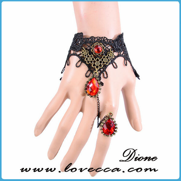 Bracelet italien brode