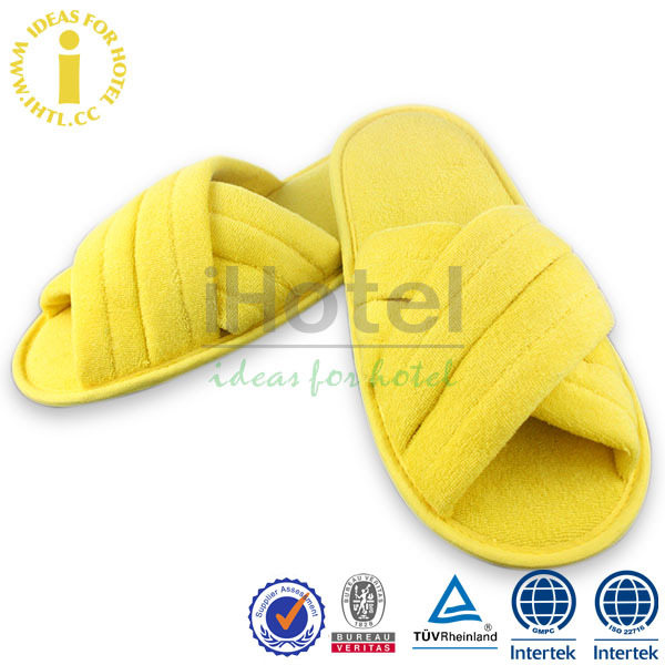 Fashion Young Girls Flat Sandals Wholesale New Design Hotel Slipper
