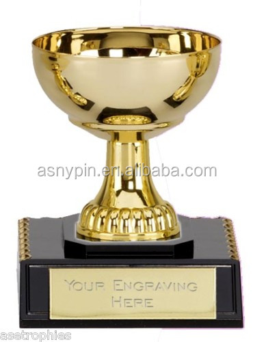 Design Hot Sale Metal Gold Trophy Cup Awards With Personalized Logo Name