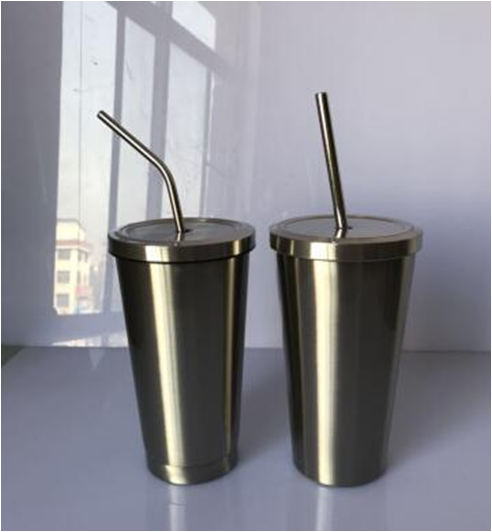 stainless  steel  thermal  mug  with  straw