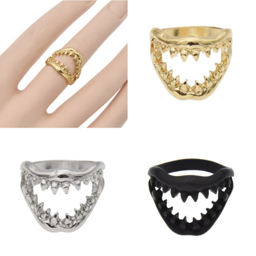 EB103 1 Pc Gothic Punk Shark Tooth Finger Ring Skull Mouth Fashion Fancy Dress Jewelry
