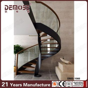 Prefab Metal Curved Staircase With Steel Stair Grab Bar Wood Steps