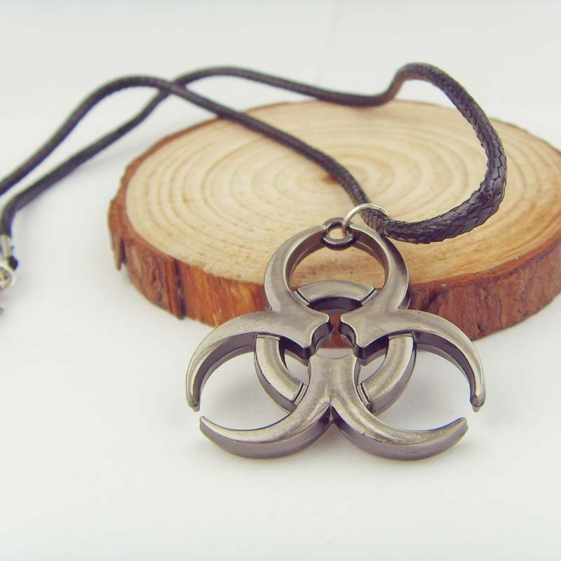 Biohazard Resident Evil necklace Movie Jewelry SN in ancient logo Pendant leather chain N-339 фото