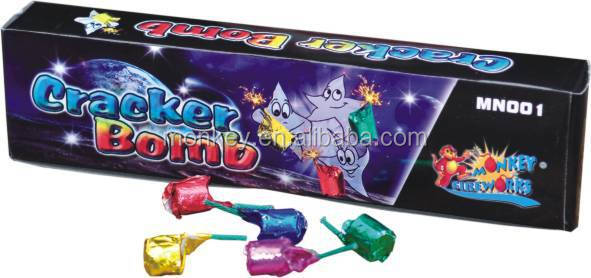 Wholesale factory price effects OEM handmade cracker bomb fireworks
