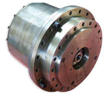 Planet speed gear reducer device adopts housing rotation box