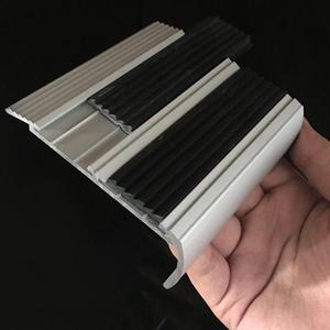 eceea8987b6 Aluminum Stair Nosing
