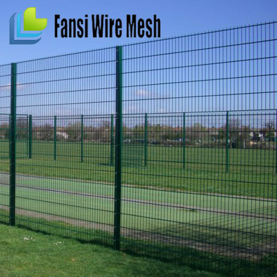 Green color rectangular post 40 x 60mm mesh opening 50 x 150 mm Double Wire Fence