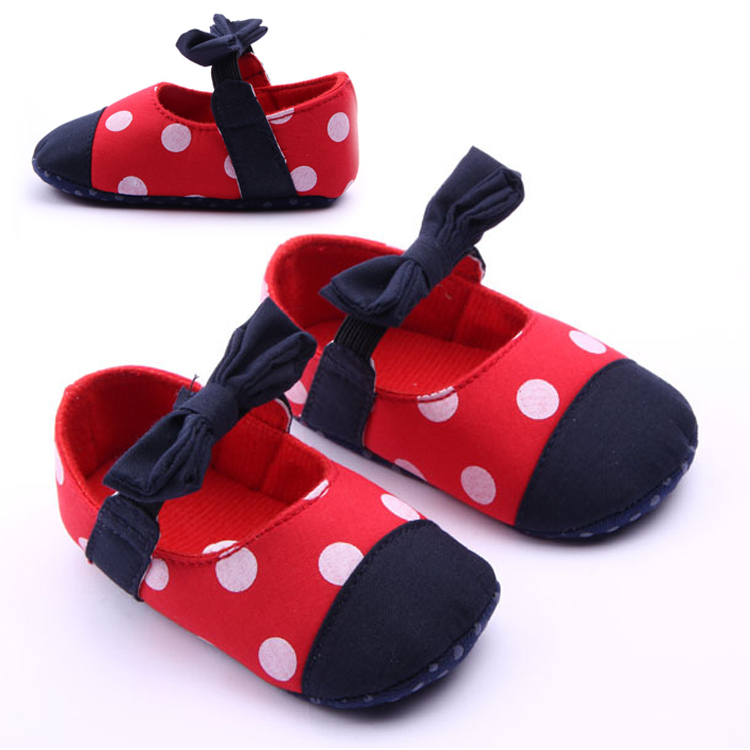 Fashion Baby Girls Prewalkers Sweet Soft Warm Antiskid Toddler Flower Polka Crib Shoes First Walkers