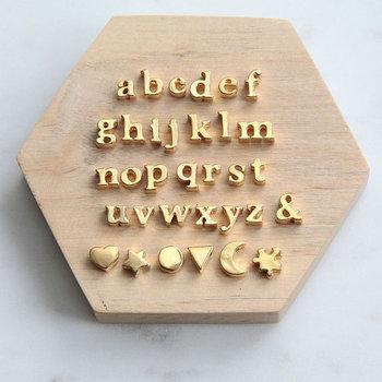 Latest design fashion accessories alloy gold initial metal alphabet letter  beads 41d751c84232