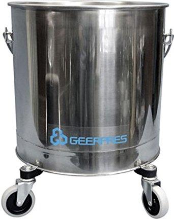 "Geerpres 2222 Heavy Duty Stainless Steel 304 Round Bucket On 3"" Casters, 14-3/4"" Diameter x 17"" Height, 8 gallon Capacity"