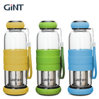 China brands bpa free fruit infuser drink silicone glass water bottle with sleeve