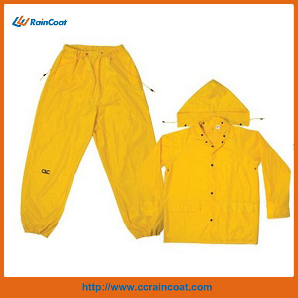 CLC RAIN WEAR PVC PONCHO YELLOW OR GREEN AVAILABLE
