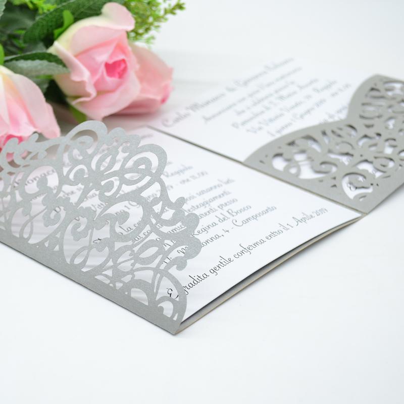 Light Silver Luxurious Pocket Laser Cut Wedding Invitations Card