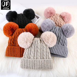 Om-183 Winter Woman Soft Warmer Double Fur Pompom Ball Beanie Hat Pom Pom Detachable Hand Knitted Hats