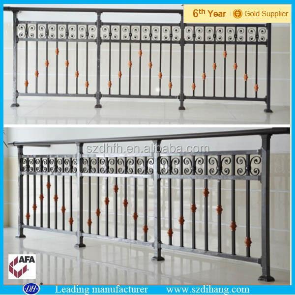 Projeto da grade de ferro para varanda varanda de ferro for Terrace railings design philippines