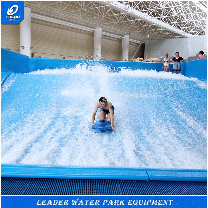 Parco acquatico divertente surf piscina a onde piscina con for Piscina wave