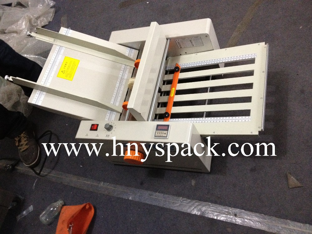 New model desktop small paper map folding machine price
