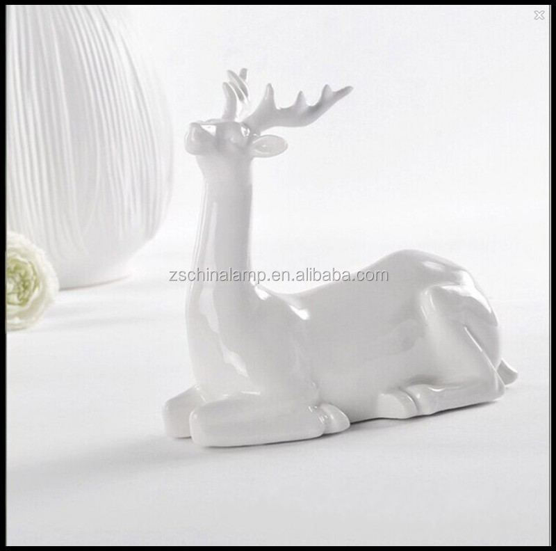 Fashionable Ceramic Vivid Deer Figure Souvenir Items With White Color For Home Decor Vintage And Hotel Motel Furniture