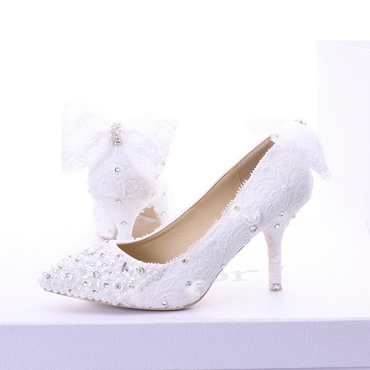 2015 new beautiful white pearls lace bow wedding shoes kitten heel crystal shoes for bridal lady elegant pointed toe shoes