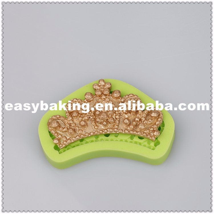 Queen Crown Bakeware Wedding Cake Decorate Fondant Silicone Molds.jpg