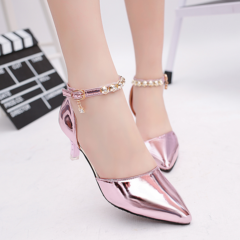 Beautiful Low Heel <strong>Sandals</strong> Gold China Wholesale Woman <strong>Sandals</strong> High Heel Ankle Straps <strong>Sandals</strong>
