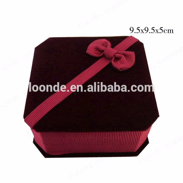 Wholesale unique velvet bracelet jewelry gift box with bowknot