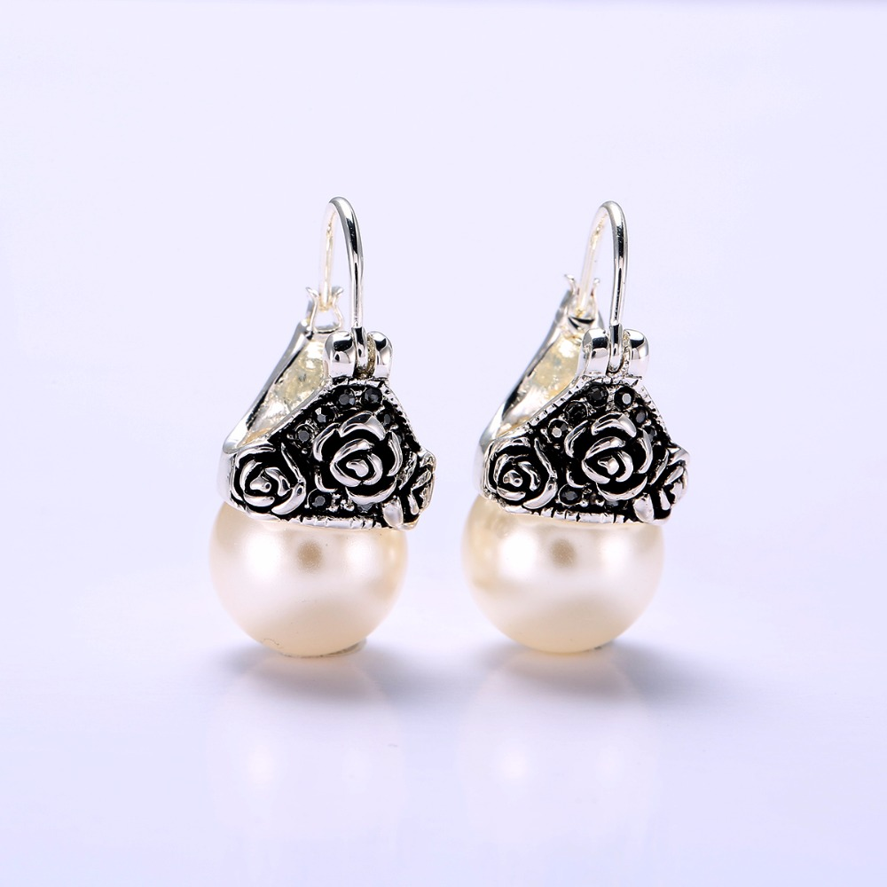 Stock promotion Factory Wholesale Pearl Drop vintage Earring With 18 K Gold Plated Earring Jewelry Gifts For Women Girls