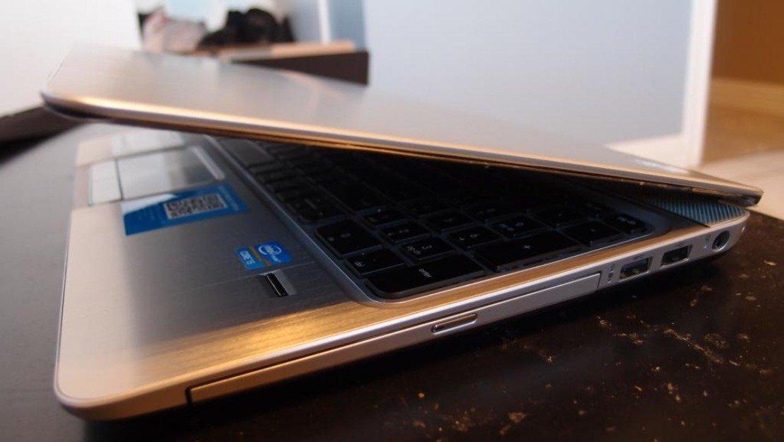 "HP ENVY m6-1125dx 15.6"" Laptop - 3rd Gen. Intel-Core i5-3210M 8GB RAM, 750GB HD, 2.5GHz, Beats Audio (Silver)"