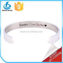 Custom Polished Stainless Steel Classical love heart luxury bracelets with Inspirational Message for mom
