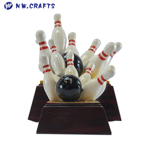 Resin Bowling Trophy, Resin Bowling Trophy Suppliers and
