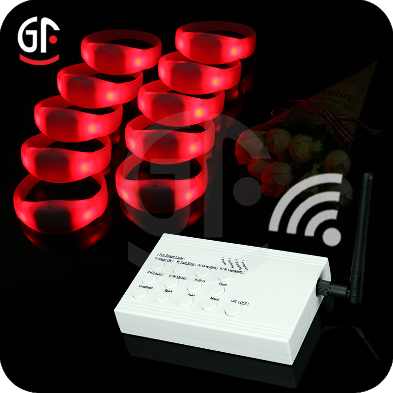 Party Accessories 7 Groups/Zones Customized Remote Controlled LED Bracelet Control DMX