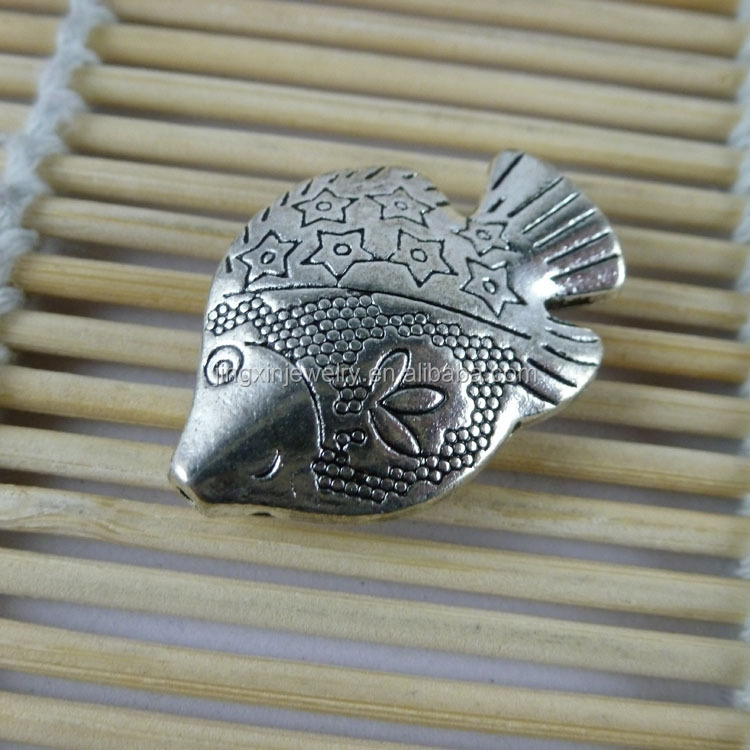 Nickel & Lead Free Antique Silver Plated Fish Beads 30*21*7mm Hole 1.5mm