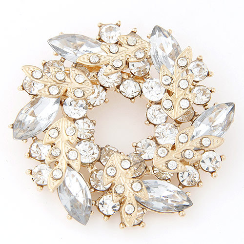 Dress Suit Costume Accessories Jewelry Luxury Shining Crystal Gem Leaves Snowflakes Ornament Gold Charm Brooches Pins For Women