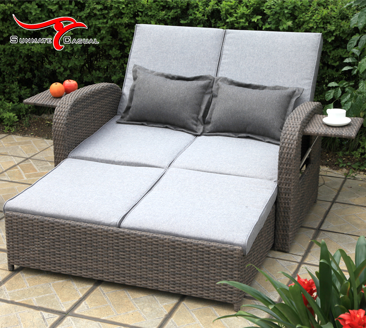 Adjustable Leisure Outdoor Furniture Garden Pull Out Rattan Wicker Folding Sofa Bed Couch