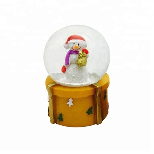 Fancy resin Xms gifting Religious Santa father Snow Globe with Led Light